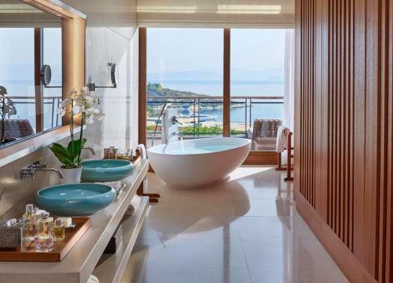bodrum-suite-aegean-bathroom mandarin bodrum