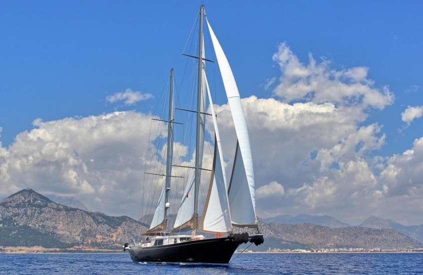 Luxury Sailing Yacht Antalya