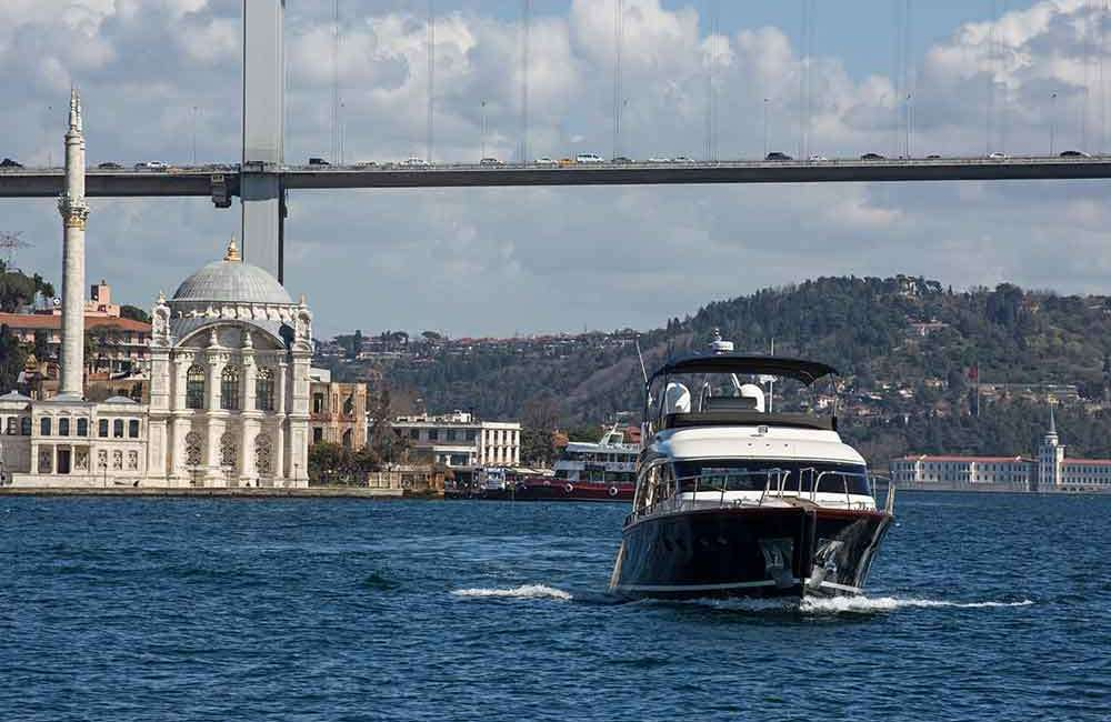 Bosphorus Private Yacht Tour 7