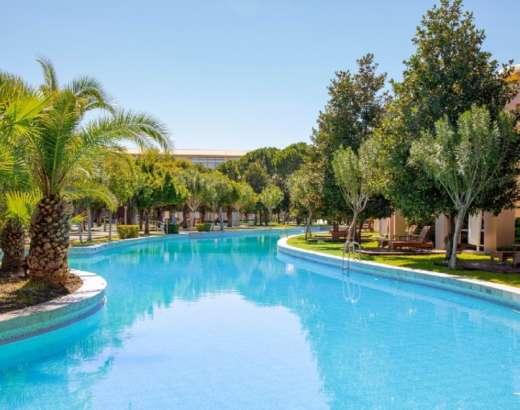 pool villa gloria serenity